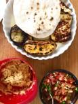 Grillat, salsa och hummus